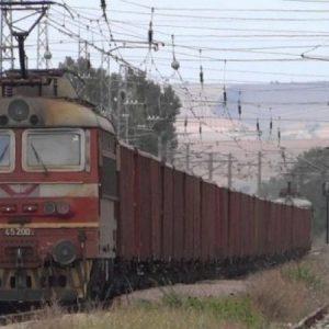 Товарни превози по железен път през границите продължават да се извършват