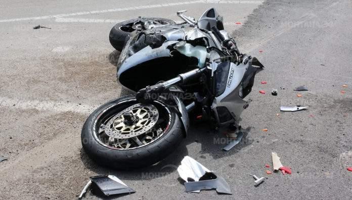 Мотоциклетист се заби в къща в село Крапчене